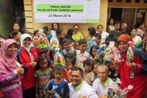 IZI Dan PKPU Bantu Korban Banjir Di Bandar Lampung