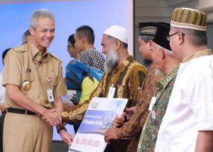 Lazis PLN Salurkan Rp.35 Miliar Untuk 200 Mahasiswa Di Jawa Tengah