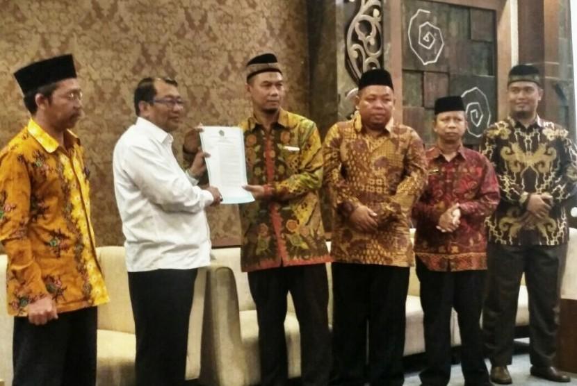 LAZ Al-Ihsan Jawa Tengah Dikukuhkan Jadi LAZ Provinsi