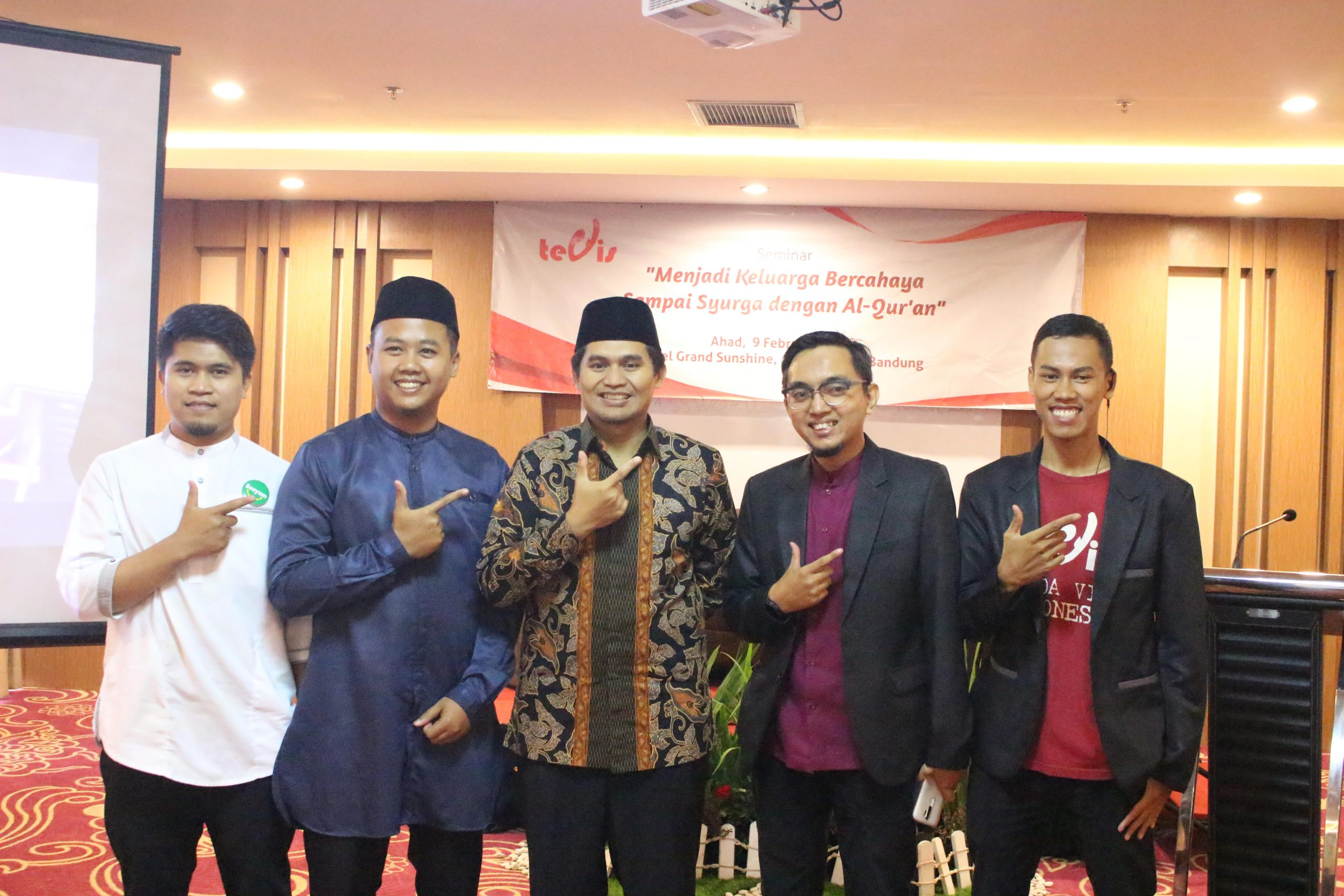 Inisiasi Kampung Quran, Tenda Visi Indonesia Terima Apresiasi