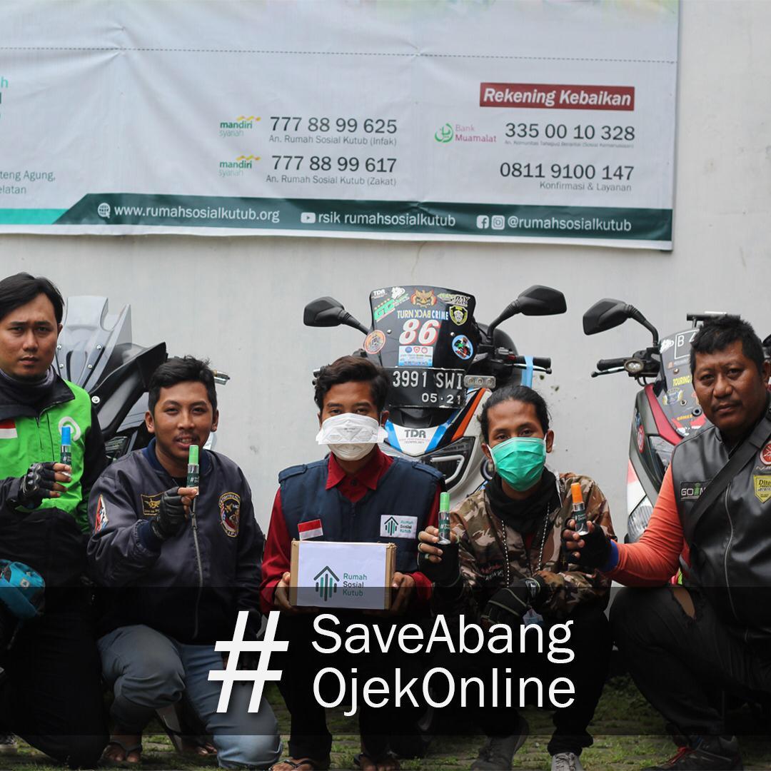 Rumah Sosial Kutub Bagikan 10.000 botol Hand Sanitizer untuk Ojek Online