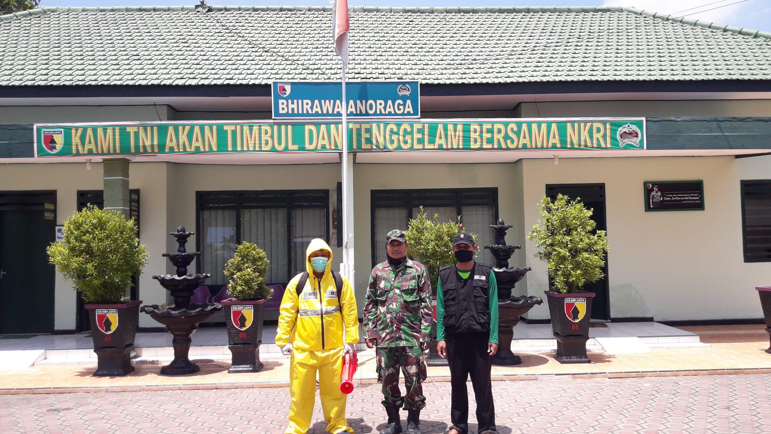 LAZ-UQ Lakukan Penyemprotan Disinfektan di Masjid & Koramil 0814/01 Jombang