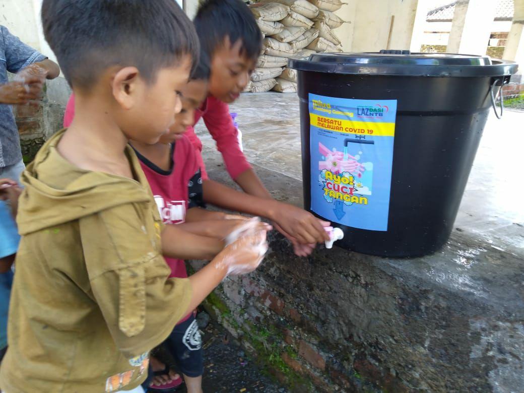 LAZ Dasi NTB Ajak Desa Montong Gamang Terapkan PHBS