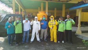 Sinergi dengan Pemerintah Desa, LAZUQ Lakukan Penyemprotan Desinfektan Serentak