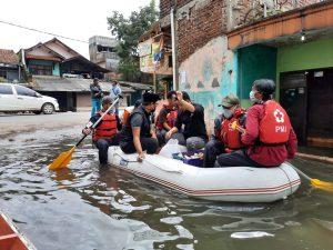 Terdampak Banjir di Tengah Pandemi Covid-19, Warga Bojongsoang Butuh Bantuan