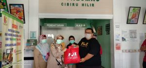 Lagi! Forum Zakat Jawa Barat Bagikan Ribuan APD