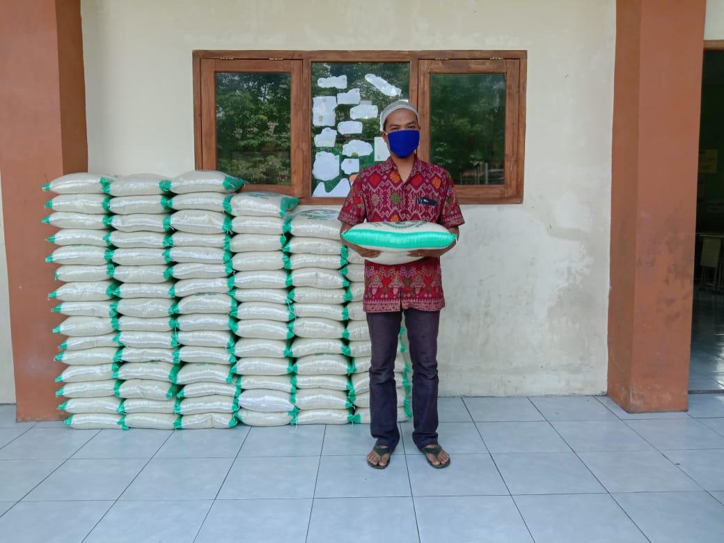 BMH Yogyakarta Tebar 314 Paket  Sembako Kepada Masyarakat Terdampak Covid 19