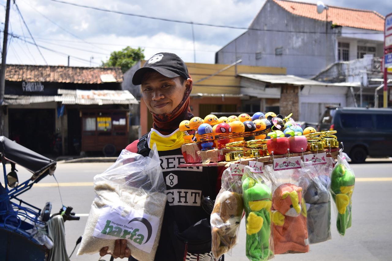 LAZ Harapan Dhuafa Salurkan Bantuan Kebutuhan Pangan