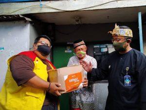 PZU, Deenay, dan Masjid Ar Risalah Berbagi Kebahagiaan untuk Warga Terdampak Covid-19