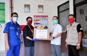 PPPA Daarul Qur'an Salurkan APD ke RSU Kabupaten Tangerang
