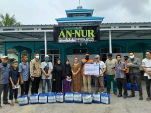 YBM PLN dan Rumah Zakat Kolaborasi Salurkan Bantuan Sembako