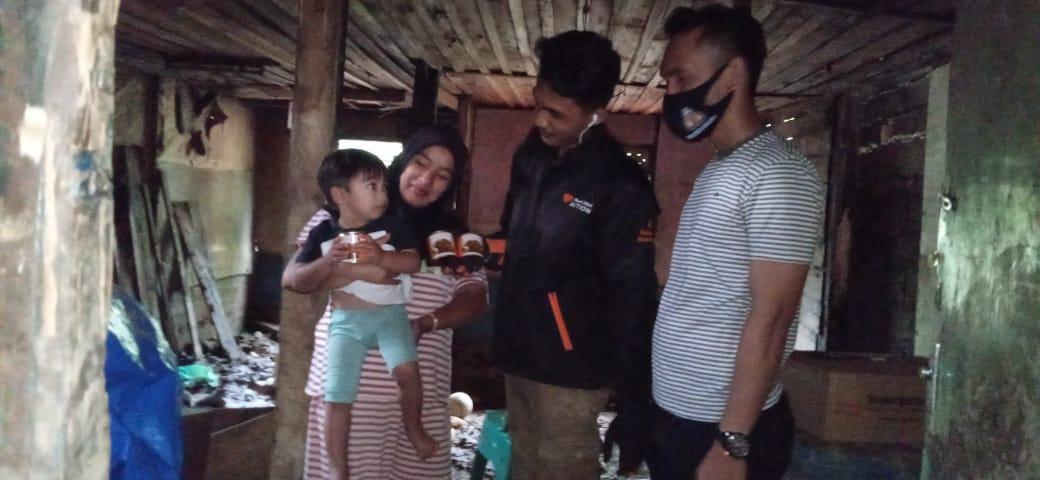 Rumah Zakat Action Salurkan Superqurban untuk Penyintas Banjir Bandang