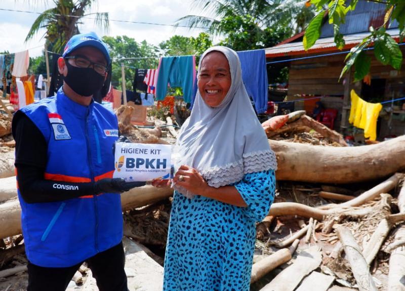 DT Peduli dan BPKH Sinergi Salurkan Bantuan ke Luwu Utara