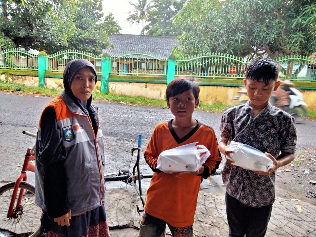 Gandeng Rumah Zakat, Embun Pagi Berbagi untuk Yatim dan Lansia