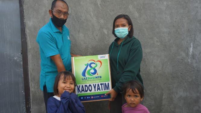 Lembaga Amil Zakat DASI NTB Bagi-bagi Kado untuk Yatim