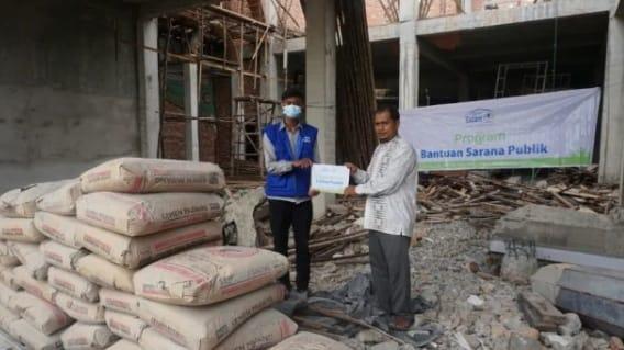 Rumah Yatim Berikan Bantuan Sarana Publik kepada Masjid Al Ikhlas